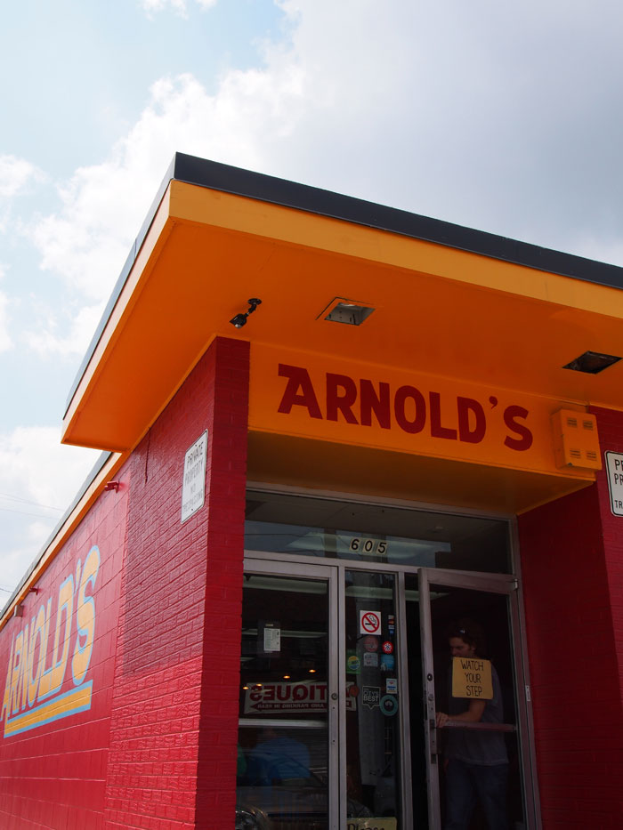 Arnold's country cooking in Nashville, TN