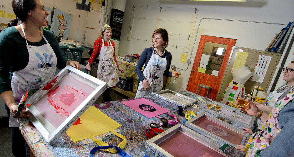 Screenprinting party at Lillstreet