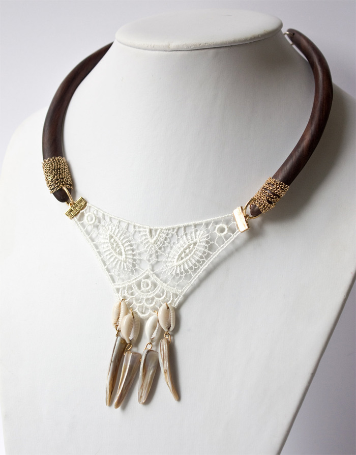 handmade necklace by Tamara Bavdek