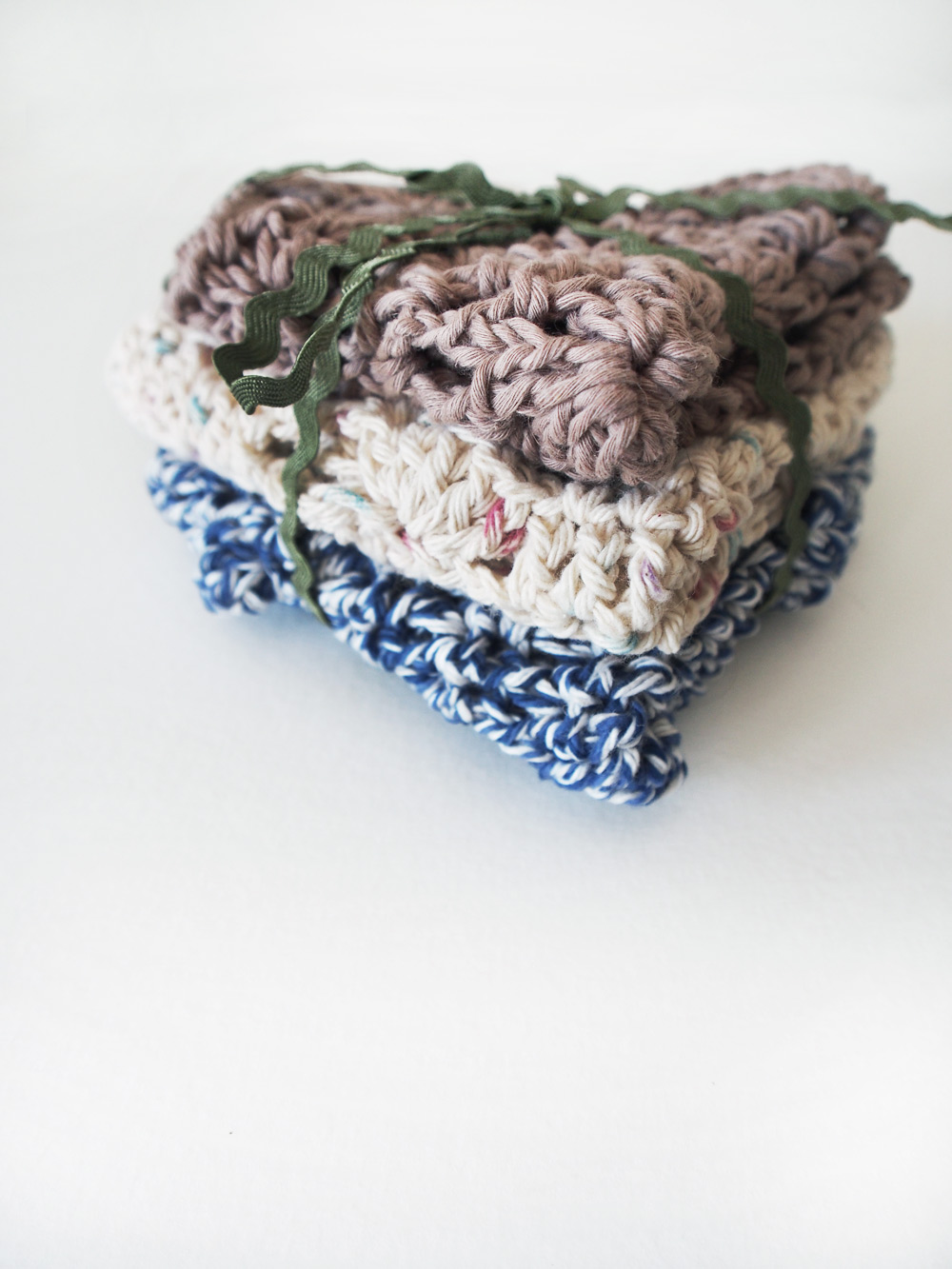 Westervin Shop: Handmade Crochet Dishcloths in Oyster, Cream, and Navy